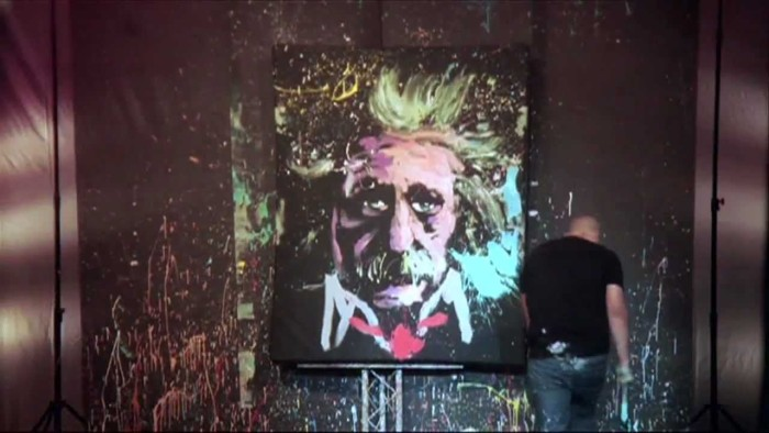 UPSIDE DOWN – Speed Painter entertainer